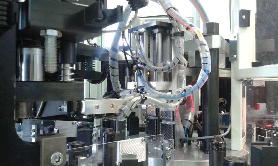 Firma-dokončila-úpravu-zařízení-WICKE-na-novou-platformu-stabilizátoru-MQ8-2