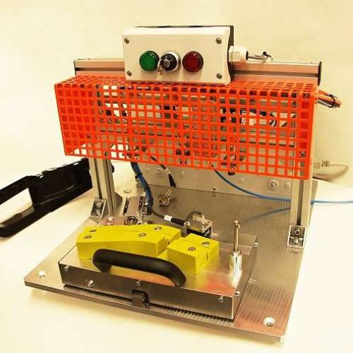 Podle odsouhlasené dokumentace a 3D modelů ( březen 2012) byl pro zákazníka vyroben testovací přípravek v počtu dvou kusů.
